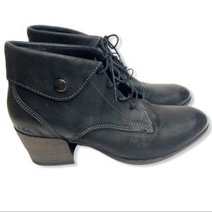 Taos Scribe Leather Lace Up Booties Size 9.5